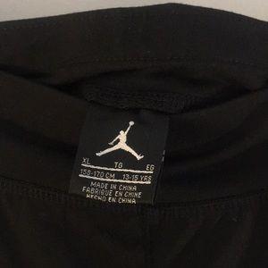 7127b3d5dcda Air Jordan Bottoms - Black and Gold leggings 🌟 Jordan 🌟 kids XL